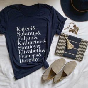 navy blue crewneck t-shirt