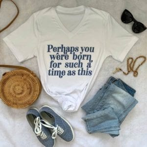 white v-neck retro t-shirt